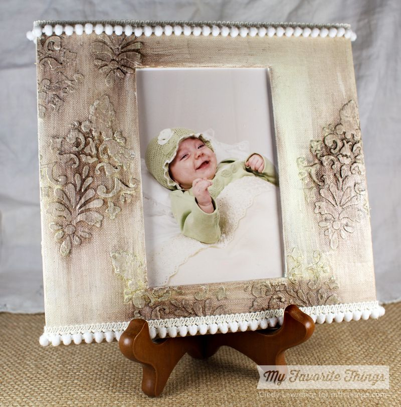 Damask-Canvas-Frame---OHS